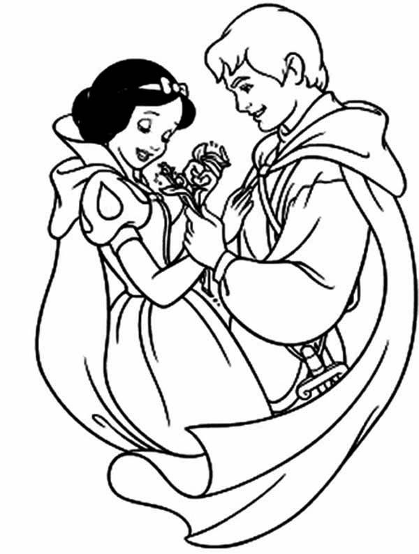 Picture Of Snow White And The Prince Coloring Page