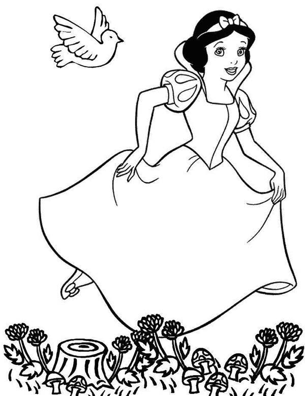 Snow White, : Snow White Running in the Jungle Coloring Page