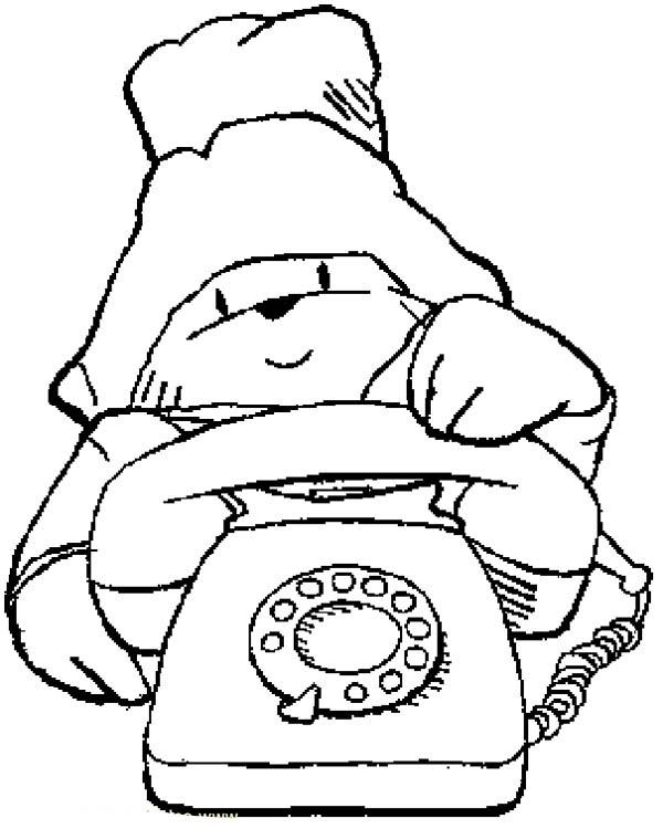 Paddington Bear, : Paddington Bear Want to Make a Call Coloring Page