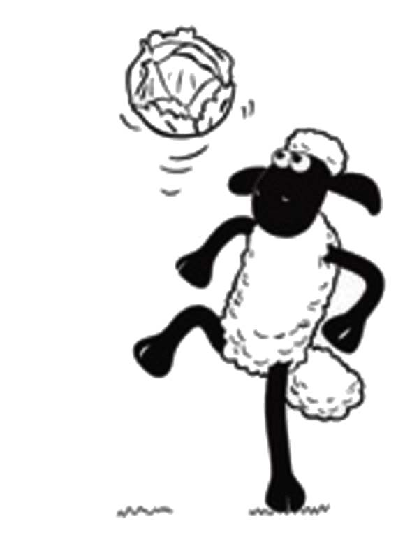 Shaun the Sheep, : Shaun the Sheep Juggling a Football Coloring Page