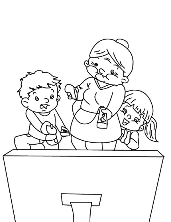 Grandmother, : Grandmother Turn the TV On Coloring Pages