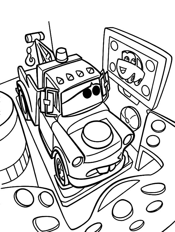 Mater, Tow Mater Looking At His Crush Coloring Pages: Tow Mater Looking at His Crush Coloring Pages